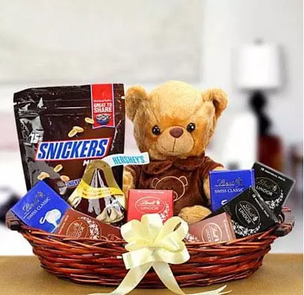 Teddy With Chocoaltes